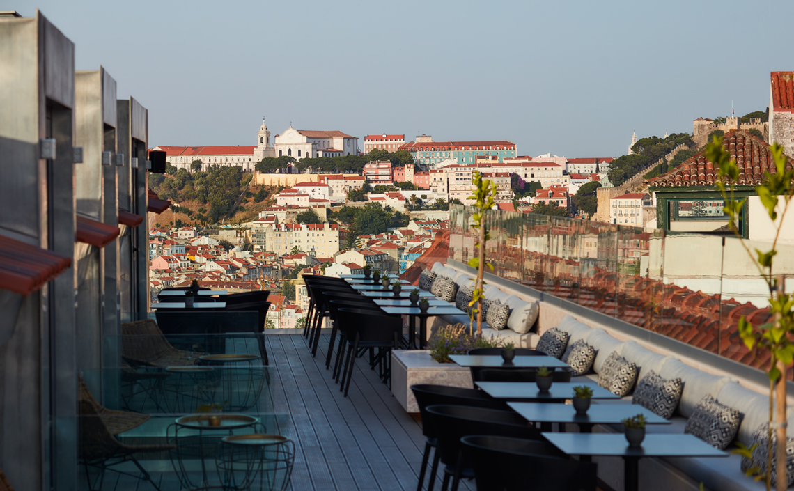 The-Lumiares-The-Rooftop-Bar-Restaurant-in-lisbon